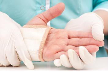 Schmerzensgeld: Hand