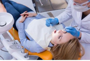 Schmerzensgeld: Zahnprotetik