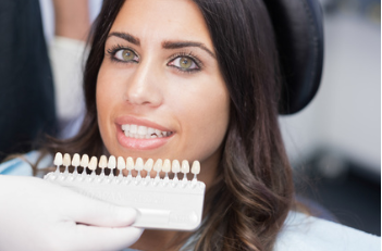 kosmetische Zahnbehandlung – Veneers